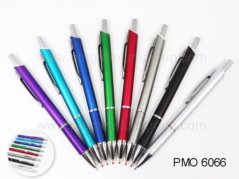 ปากกาลูกลื่นหมึกน้ำมัน PMO 6066